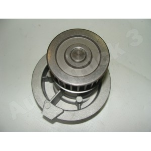 Pompa wody Opel Astra,Vectra, Daewoo Nubira, Leganza